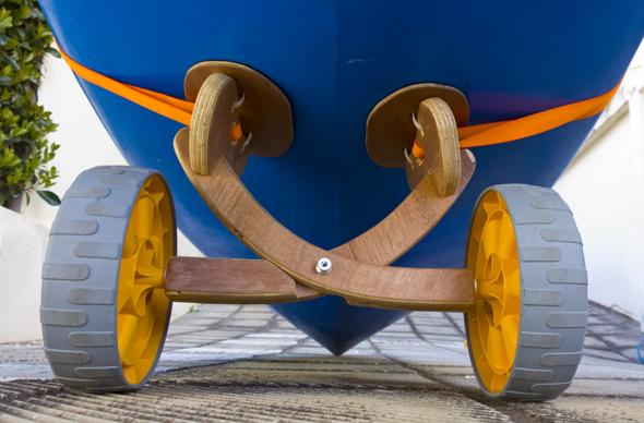 kayakwheelsfront